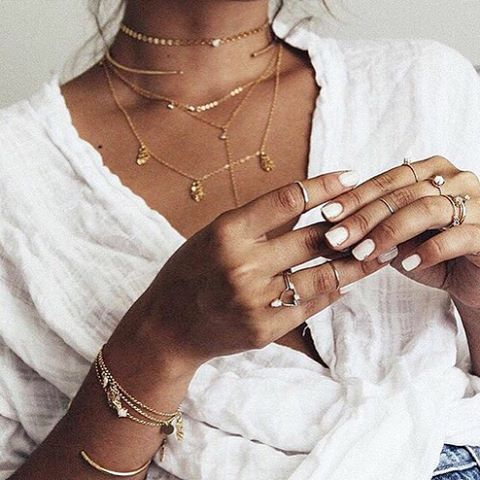 I just love it so much because each piece is so delicate but altogether they make an amazing statement (which isn't overhelming)