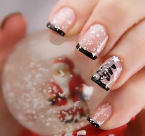 Nail Polish Design Ideas for a cool touch just do a line of polkadots around the edge of your nail Chistmas Nails Xmas Nails Snow Nails Nailpolish Nagellack Nailpolish Nails Nails 3 Nails Art Nail Polish Ideas Ideas Nail
