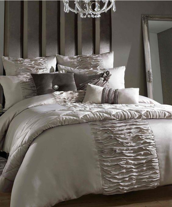 Kylie Gianna King Size Bedding
