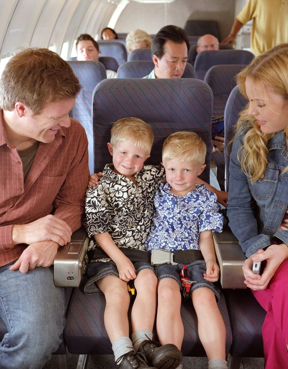 Entspanntes Fliegen mit Kindern