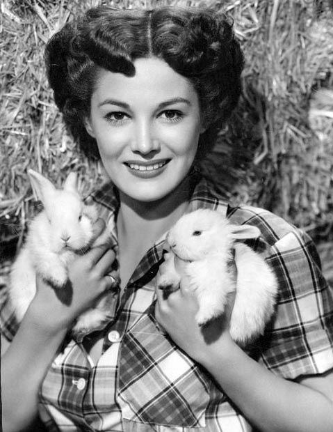 1952 Easter Greetings from Joan Taylor & her bunnies: