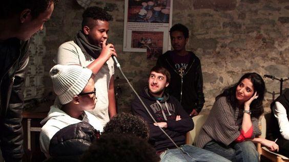 Rap-Workshop im Würzburger Jugendzentrum b-hof mit Özlem   Bild: BR