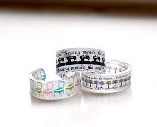 Shrinky dink rings! i miss making shrinky dink jewelry. oh wait, that's what i have two girls for....yeah!!