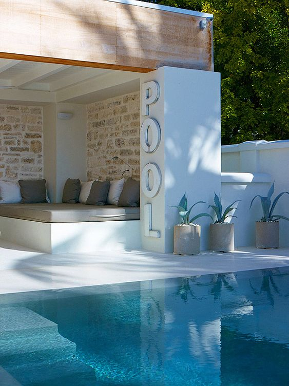Love the whites with the internal stone walls. Pool with a white rendered interior. Pinned onto Pool Design by Darin Bradbury.