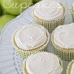 Apple Pie Cupcakes with cinnamon frosting. fun fall party idea