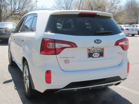 2014 Kia Sorento Limited V6, Snow White Pearl