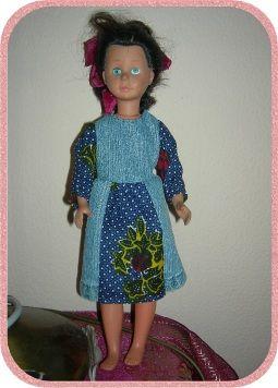 Isabellas neues Jeanskleid