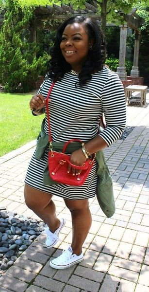 Laid Back Chic - Plus-Size Date Outfits To Slay In - Photos