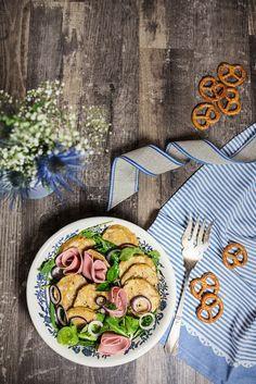 Bayrischer Knödelsalat, Knödelsalat, Salt mit Knödeln, Bayrischer Salat, Restessen, Oktoberfest Essen, Wiesn Essen, Dumpling salad, dumpling salt recipe