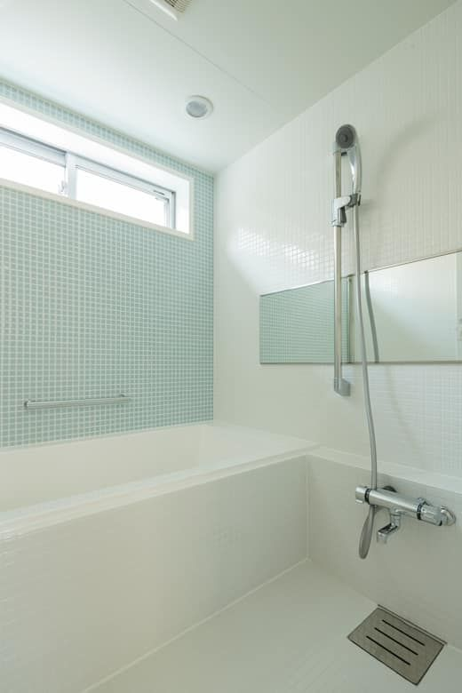 浴室をユニットバスにするメリットは ユニットバス バスルーム 浴槽