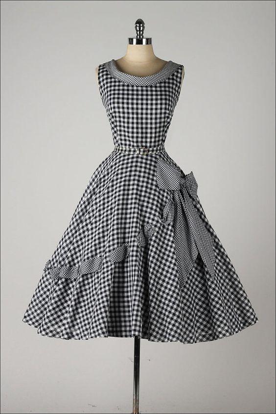 vintage 1950s dress . black gingham cotton . by millstreetvintage: