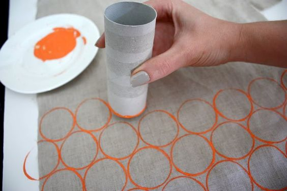 Paper towel cardboard painting idea.