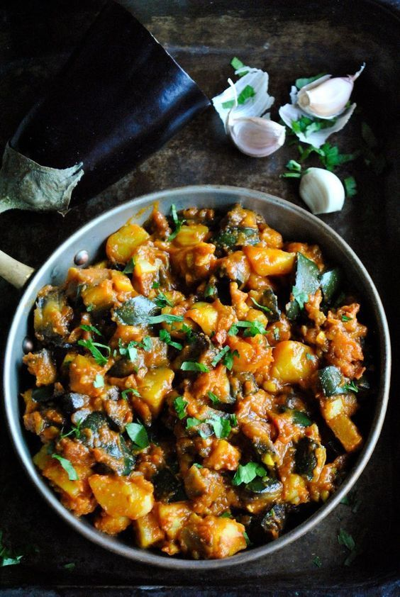 Eggplant And Potatoes In Tomato Sauce Eggplant Dishes Vegetarian Recipes Eggplant Recipes