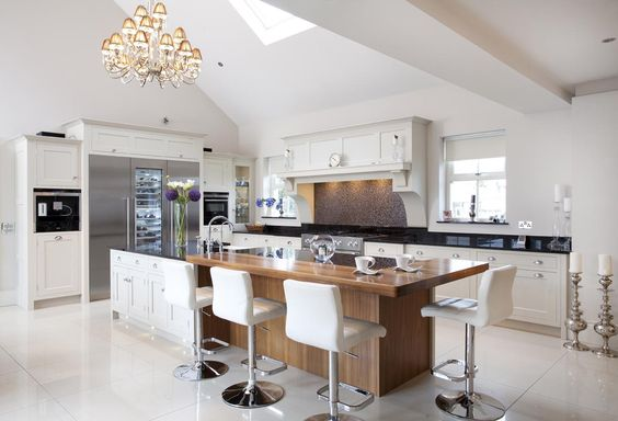 Clients bespoke kitchen. Classic New Build Project