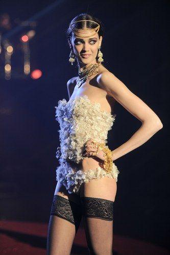 Girls Only, el desfile de lencería de Etam en París