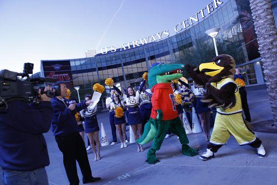 Marquette Golden Eagle vs. Florida Gator--Um...of course the Golden Eagle has this!!