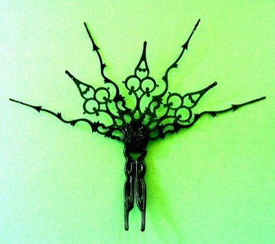 Clock Hand Hair Comb - DIY fashion by Outi Pyy :::: helmikuu 2009