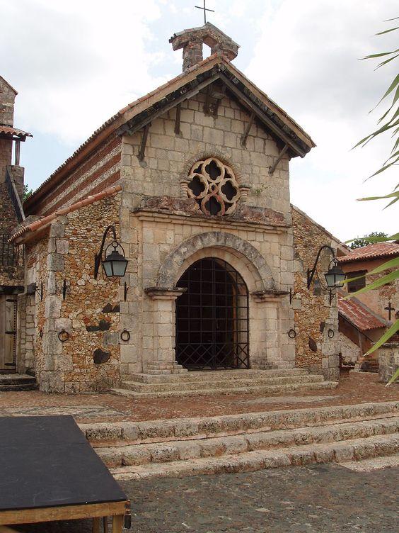 File:Altos de Chavon-6.JPG