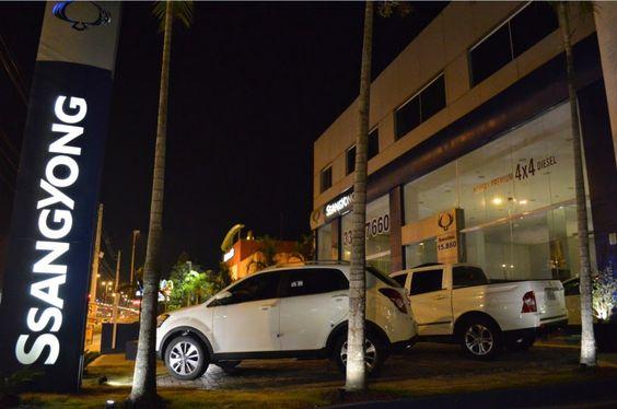"""S P E E D C A L: SsangYong inaugura """"concessionária conceito"""" no Rio de Janeiro."""