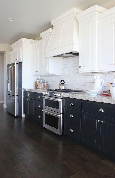 How To Brighten Up A Dark Wood Kitchen Love The White Up Top To Brighten And The Dark Bottom Cabinets Kitchen Cabinet Design White Kitchen Design Kitchen Design