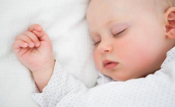 Como a soneca ajuda no desenvolvimento do bebê