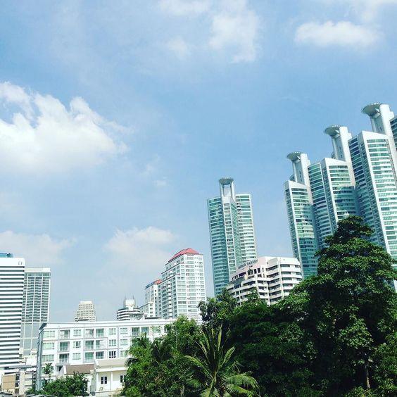 タイの大都会の1枚です。