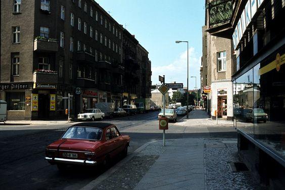 1979 West-Berlin - Charlottemburg, Wilmersdorfer Straße Ecke Behaimstraße.  ☺