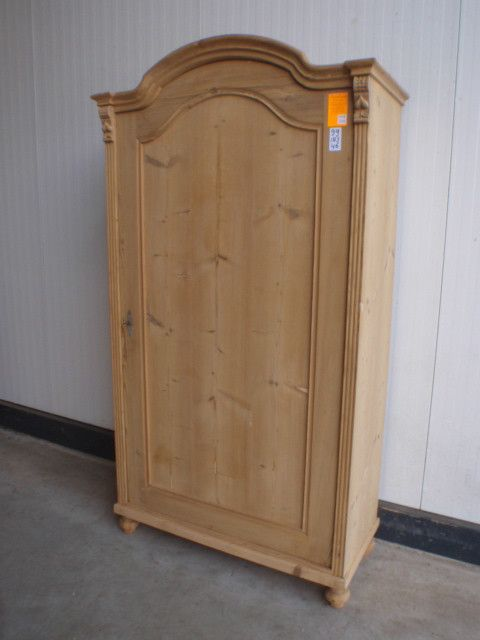 Restored pine davidowski european antique pine furniture for Cheap pine furniture
