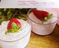 Mousse de chocolate blanco y fresa
