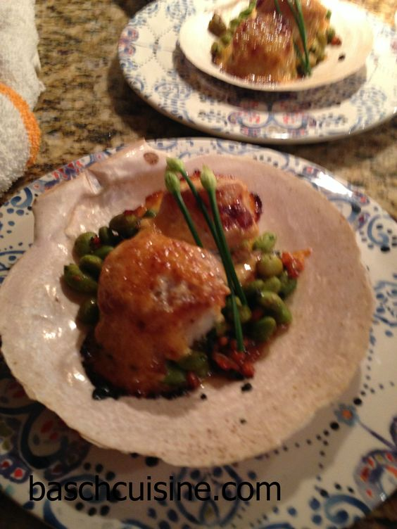Dynamite Scallops, Sauteed Edamame, Garlic Chives, Spicy Mayo served in scallop shells. #baschcuisine #palmharborcaterer #tampabaycaterer