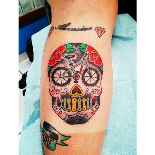 bike sugar skull tattoo 39 s pinterest tatoo cycling tattoo and bicycle tattoo. Black Bedroom Furniture Sets. Home Design Ideas