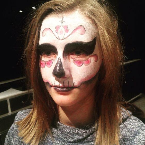 Face painting Halloween 2015 skull
