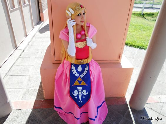 zelda_cosplay___the_wind_waker_by_melodyxnya-d8l0f2l.jpg 1,280×960 pixels