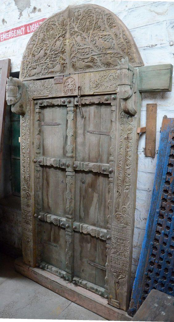 #Pferdefreunde aufgepasst: Wäre das nicht eine großartige #Tür für einen #Reiterhof?
