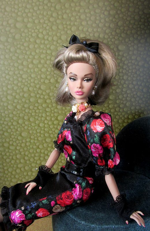 Poppy Parker Young Sophisticate \ Outfit Fiorella Silkstone