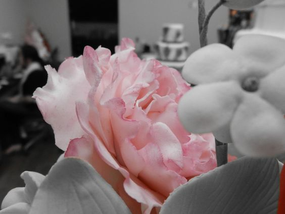Sugar Flowers by Carlo's Bakery