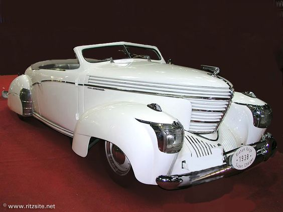 1939 Graham Model 97. Art in motion.