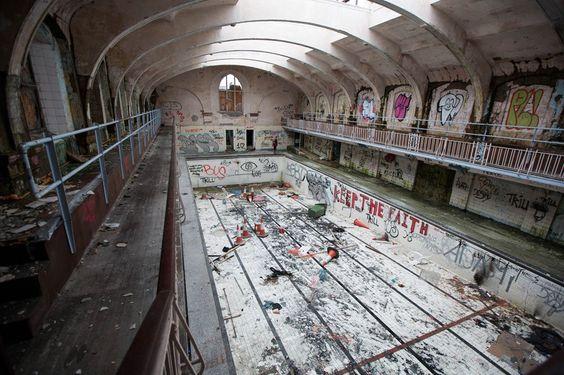 Fotos incríveis de locais abandonados pelo mundo