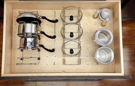 Perfecto para elementos más difíciles de ordenar en la cocina | Kitchen Drawer Organizers on Rev A Shelf   S Peg Board Storage System Keeps Kitchen Accessories In