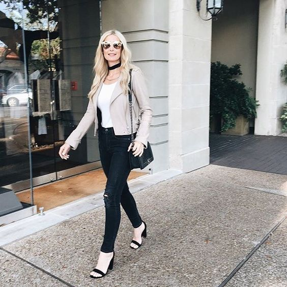 """Monday """"Must-Have"""" is live on the blog ~ The choker necklace sharing 2 of my favorites that.... @liketoknow.it www.liketk.it/2lB1V #liketkit"""