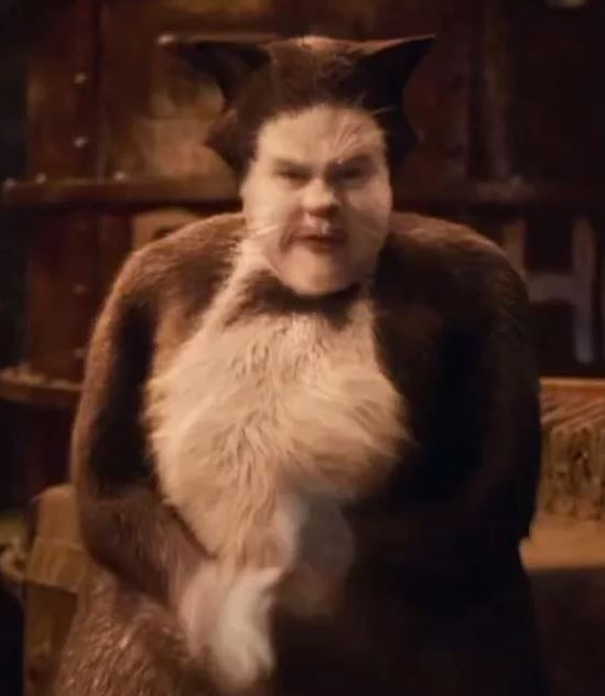 The Second Cats Trailer Is Here All Alone In The Moonlight And Twitter Has Thoughts Cat Movie Funny Films Cats