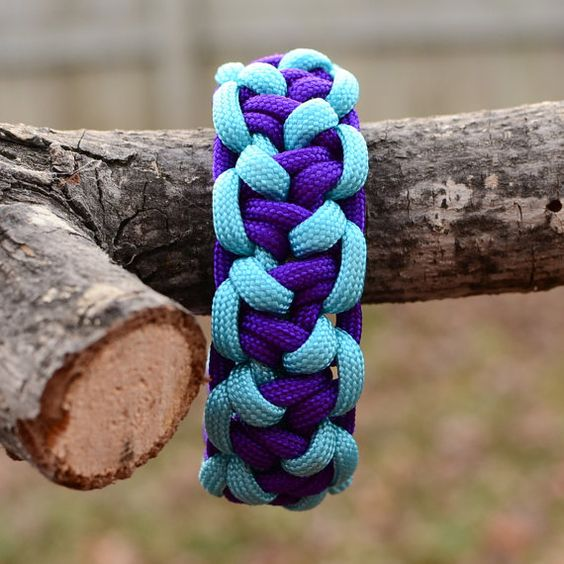 Paracord Bracelet  Lizard Belly Bar Survival by JoshsSexyStraps, $16.00
