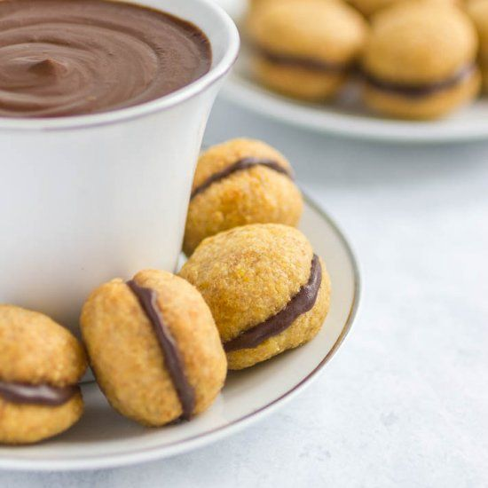 These Italian cookies are the dream! Perfect for a cup of coffee or hot chocolate...