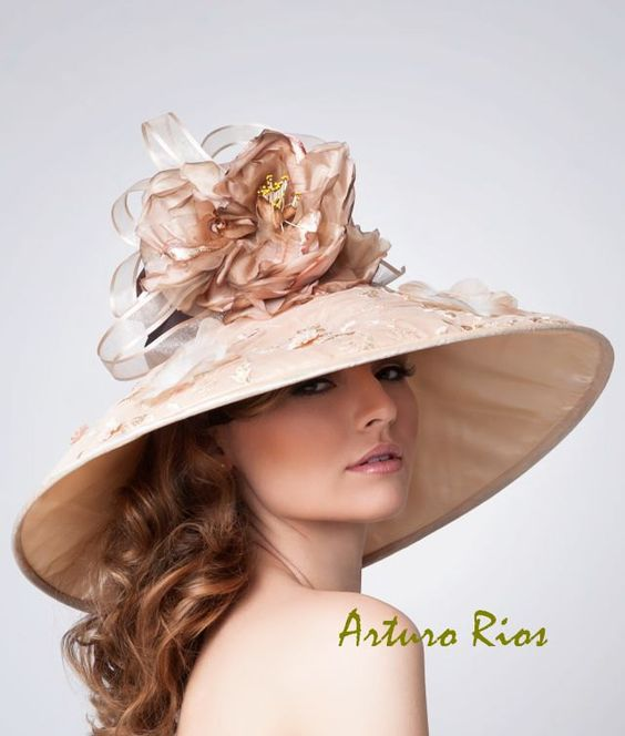 Champagne/bronze Couture Derby Hat Kentucky derby by ArturoRios
