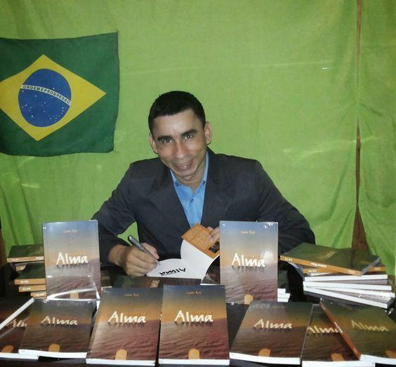 Livro Deserto da Alma do autor Joabe Reis já está a venda em Uruará. Veja no blog http://joabe-reis.blogspot.com.br/2014/07/livro-deserto-da-alma-do-autor-joabe.html
