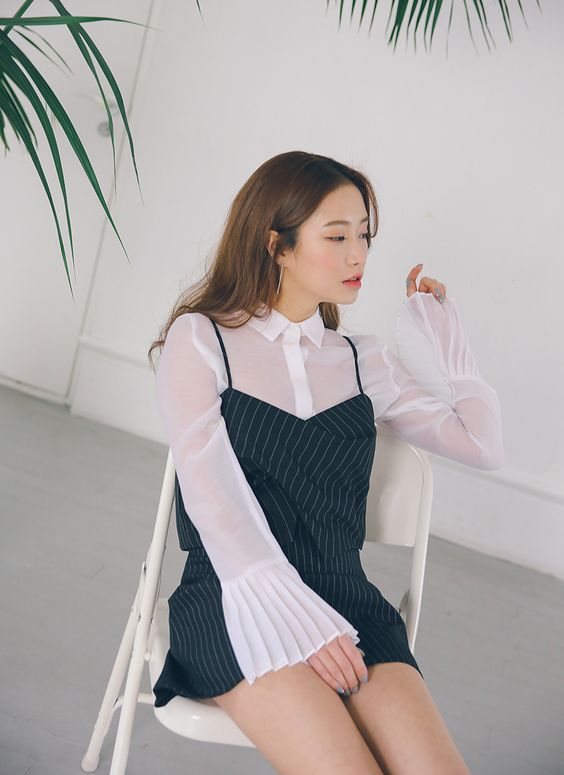 Pleated Cuff Sheer Blouse | STYLENANDA: