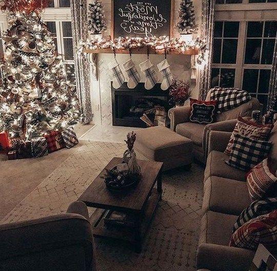 8 Cute Christmas Decoration Ideas Christmas Decorations Living Room Christmas Living Rooms Cozy Christmas Living Room