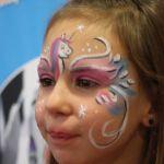 Maquillages artistiques maquillages enfants princesses papillons animaux oiseaux clowns pirates sorcières momies monstres félins tigres jaguars pumas supers héros supporters drapeaux chats hello kitty spiderman batman