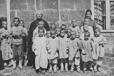 Buscan identificar para honrar a rescatistas musulmanes durante el genocidio armenio | Soy Armenio