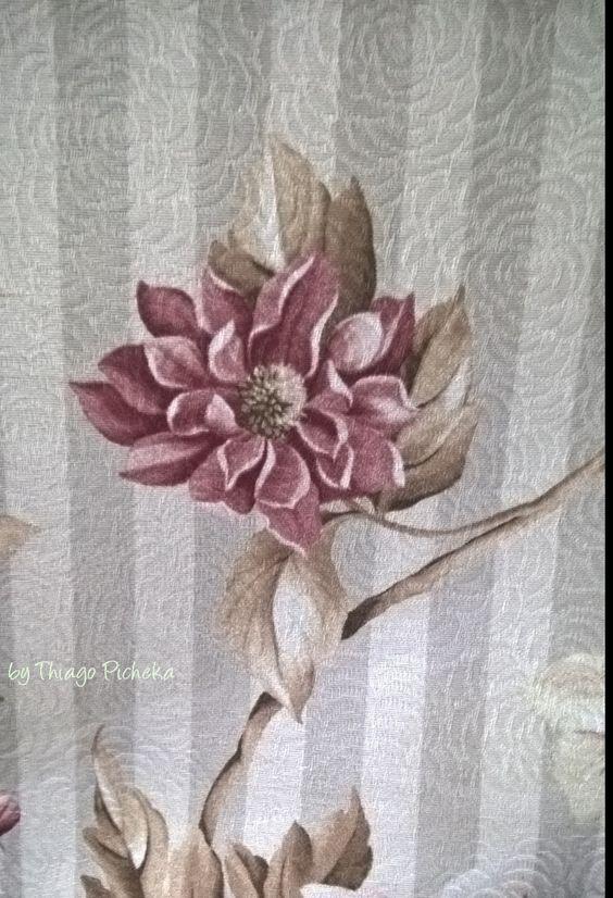 Riscas e flor rose